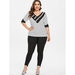 5f42b62bf Rosegal for Curves Collection Tops - Plus Size Retro Polka Dot V Neck  T-shirt